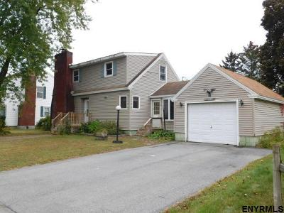 South Glens Falls Single Family Home For Sale: 26 Circle Dr