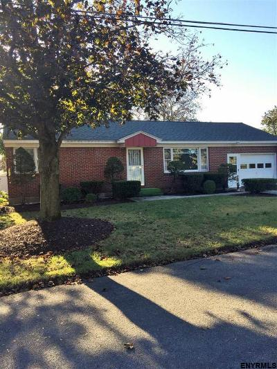 Colonie Single Family Home For Sale: 20 Donna Dr
