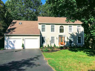 Clifton Park Single Family Home For Sale: 22 Orchard Park Dr
