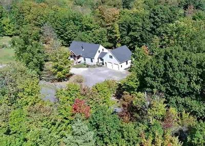 Rensselaer County Single Family Home New: 64 Birds Hill Rd