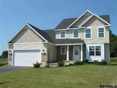 Saratoga County Single Family Home For Sale: 1490 Cosgrove Dr
