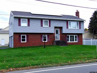 Cohoes Single Family Home For Sale: 461 Baker Av