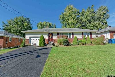 Colonie Single Family Home For Sale: 3 Martin Ter