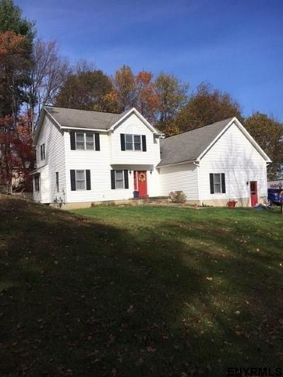 North Greenbush Single Family Home For Sale: 30 Heminway La