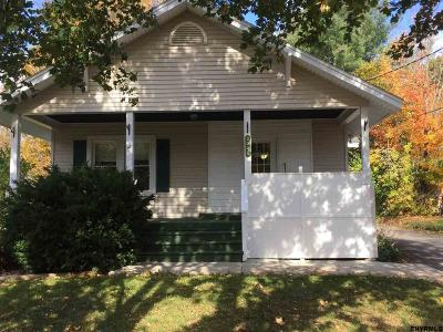 New Scotland Single Family Home For Sale: 2012 Delaware Turnpike