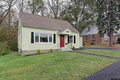 East Greenbush Single Family Home For Sale: 319 Sunset Av