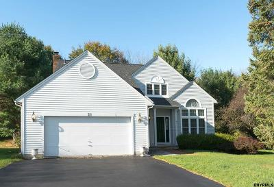Guilderland Single Family Home For Sale: 21 Chesterfield Dr