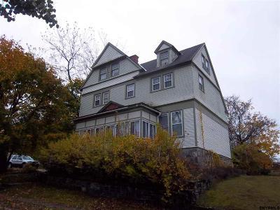 Gloversville Single Family Home For Sale: 18 Prospect Av