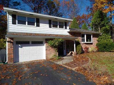 Voorheesville Single Family Home For Sale: 5 Evergreen Dr