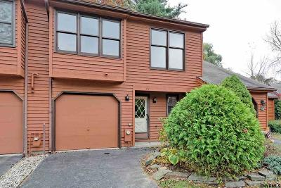 Guilderland Single Family Home For Sale: 411 Greenhill Ct
