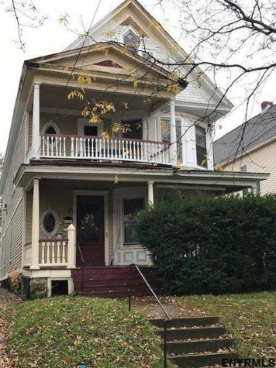 Schenectady Multi Family Home For Sale: 1050 Park Av