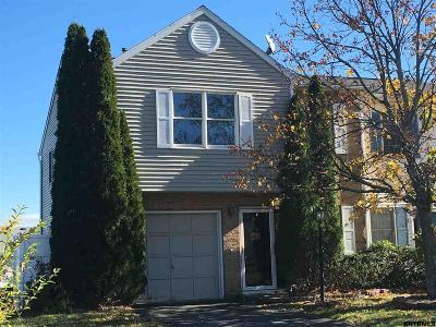 Colonie Single Family Home New: 20 Bridgewood La