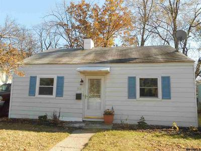 Colonie Single Family Home For Sale: 16 Woolard Av