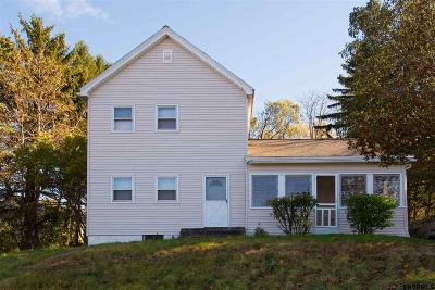 East Greenbush Single Family Home For Sale: 6 Acorn Av