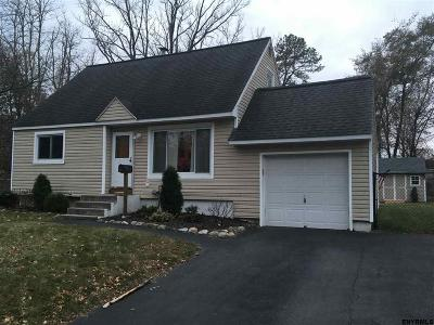 Colonie Single Family Home For Sale: 3 Honey Ct