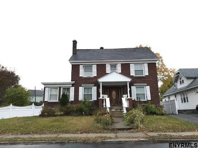 Schenectady Single Family Home For Sale: 1039 Lakeview Av