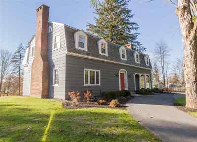 Saratoga Springs Single Family Home For Sale: 33 Nelson Av