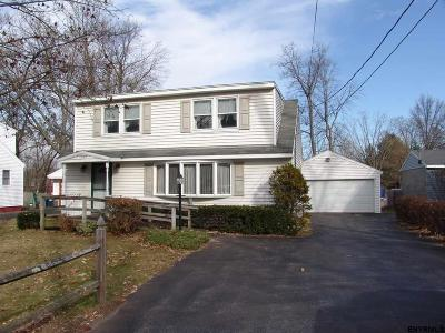 Colonie Single Family Home For Sale: 1105 Watervliet Shaker Rd
