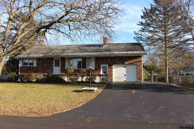 Rotterdam Single Family Home For Sale: 308 Mohawk Dr