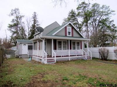 Schenectady Single Family Home For Sale: 2844 Windermere Rd