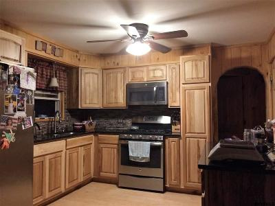 Mayfield Single Family Home For Sale: 110 Brian Dr