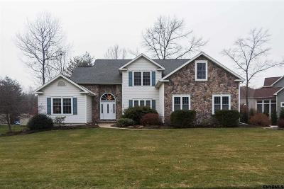 Wilton Single Family Home For Sale: 117 Cobble Hill Dr