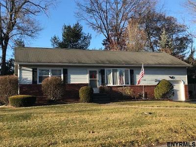 Colonie Single Family Home For Sale: 19 Lois Ct