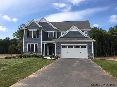 Saratoga County Single Family Home For Sale: 14 Berkely Way