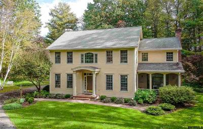 Saratoga Springs Single Family Home For Sale: 7 Rolling Brook Dr