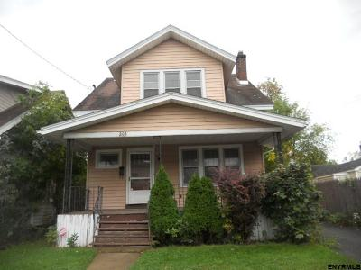 Albany Single Family Home New: 202 Benson St