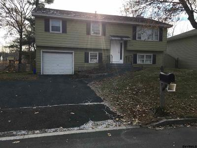 Rensselaer County Single Family Home New: 24 Hialeah Dr