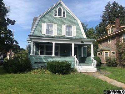 Gloversville NY Single Family Home For Sale: $75,000