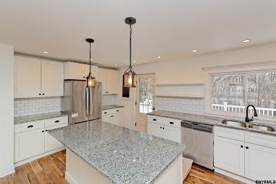 Guilderland Single Family Home New: 7021 Dunnsville Rd