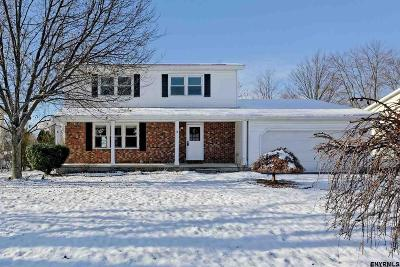 East Greenbush Single Family Home For Sale: 5 Petalas Dr