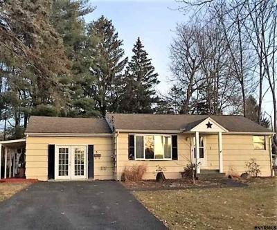 East Greenbush Single Family Home For Sale: 3 Adams Av