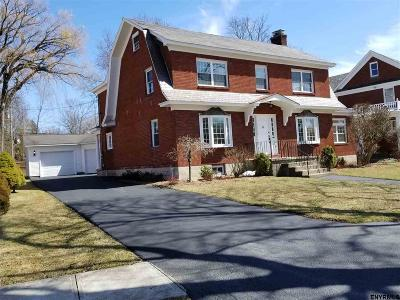 Schenectady Single Family Home For Sale: 1718 Randolph Rd