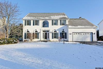 Guilderland Single Family Home For Sale: 129 Kennewyck Cir