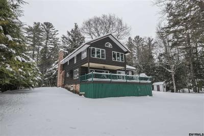 Single Family Home For Sale: 288 Pumpkin Hollow Rd