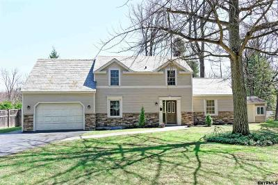 Colonie Single Family Home For Sale: 12 Upper Loudon Rd