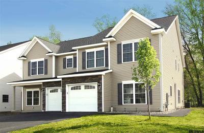 Bethlehem Single Family Home For Sale: 34 Reutter Dr