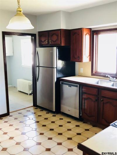 Schenectady Single Family Home For Sale: 1913 Lenox Rd