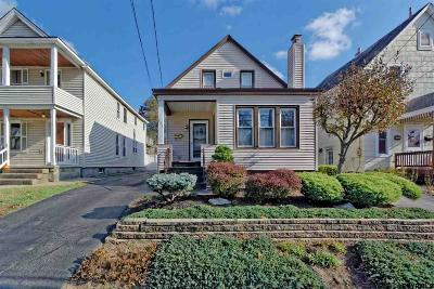 Schenectady Single Family Home For Sale: 835 Thompson St