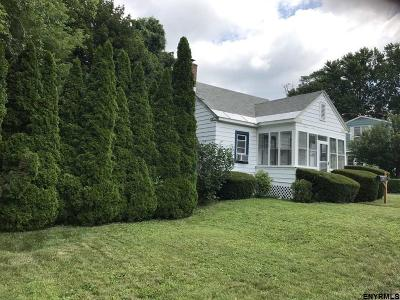 East Greenbush Single Family Home For Sale: 247 Hudson Av