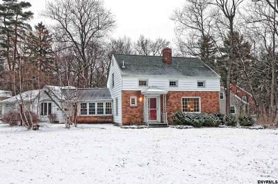 Niskayuna Single Family Home For Sale: 2179 Stuyvesant St