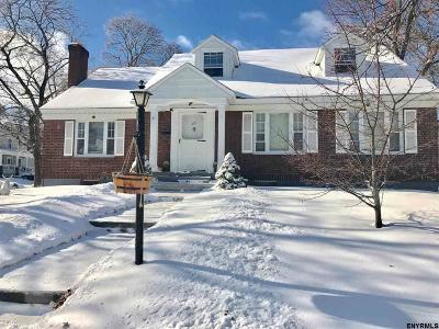 Johnstown Single Family Home For Sale: 407 South Perry St