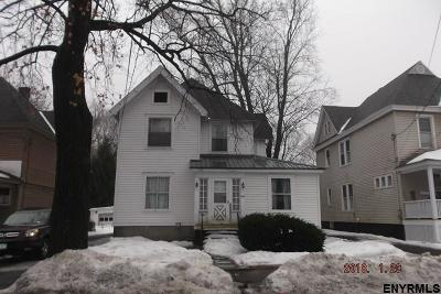 Gloversville NY Single Family Home For Sale: $49,000