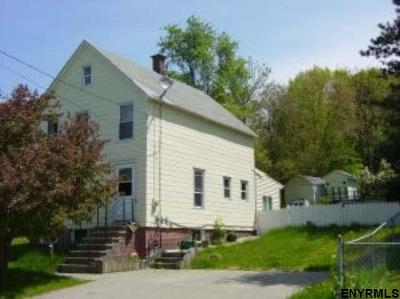 Rensselaer Single Family Home For Sale: 341 South St