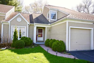 Single Family Home For Sale: 47 Ridgefield Dr