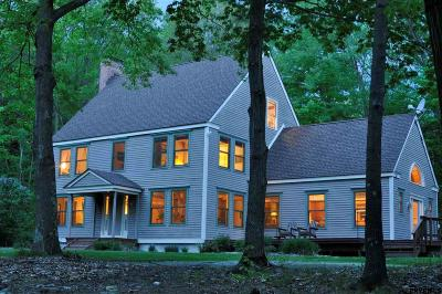 Rensselaer County Single Family Home For Sale: 33 Fred Moon Rd