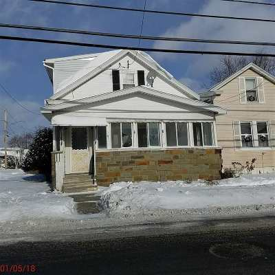 Cohoes Single Family Home For Sale: 261 Vliet Blvd